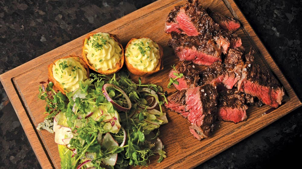 Dry Aged Dallas Steak, Patates Kabuğuna Doldurulmuş Fırın Patates